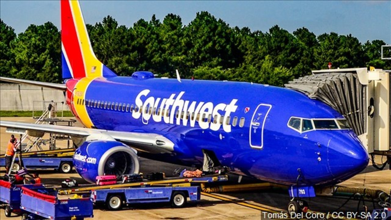 6b633082109 FAA probes Southwest calculations of baggage weight on jets